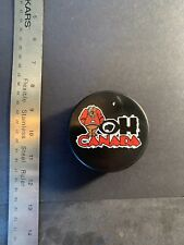 """""""Oh Canada"""" VINTAGE OFFICIAL HOCKEY PUCK RARE Czech Republic"""