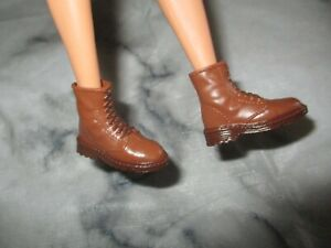 Barbie Type doll Creatable World Collection dc-965 Brown BOOTS SHOES ONLY