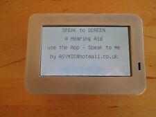 """Un """"Audífono"""". teléfono, muestra hablan sobre los planes de pantalla Arduino con software."""