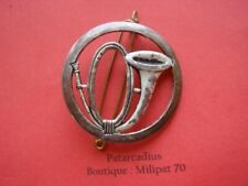 Coiffure . insigne de  Beret  - Chasseur
