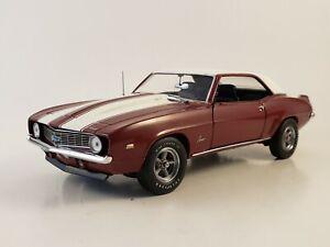 "Franklin Mint 1969 Chevrolet COPO Camaro ZL1 ""GARNET RED"" LE 1526/5000 1:24"
