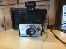 Vintage Polaroid Colorpack lll Land Camera. WithnManual.  See photos.