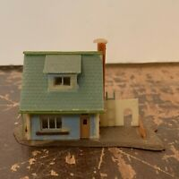 Vintage Plastic Residential House Model Railroad N Scale