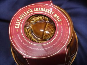 WILLIAMS SONOMA cranberry mold HARVEST THEME acorn oak leaf NEW IN PACKAGE!!