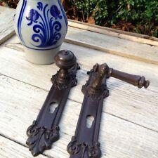 Türknauf aus Antik-Eisen, schöner Knauf mit Klinke + Schlossabdeckung Haustür