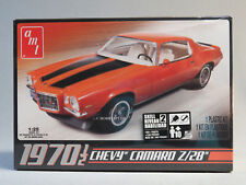 AMT 1970 1/2 CHEVY CAMARO Z 28 MODEL CAR KIT plastic 1:25 Scale 635L/12 NEW