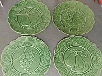 "4 Green 9.5"" Studio Nova Plates Portugal Bordallo Pinheiro Pattern ceramic"