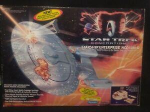 1994 Playmates Star Trek Generations Enterprise NCC-1701-D Lights Sound NIB