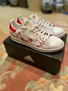 Adidas Women's Stan Smith Sneaker Floral Size 9