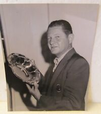 VINTAGE BLACK & WHITE PHOTO OF HORTON SMITH WEARING MASTERS JACKET WITH A TROPHY