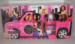 NEW Barbie Fashionistas Pink Ultimate Limo Expandable 2010 TRU