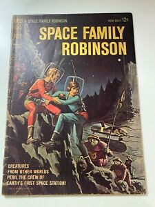 Space Family Robinson #1