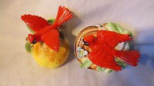 VINTAGE UCAGCO CARDINAL JAPAN RED BIRDS WALL VASE VASES POCKET PAIR