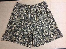Camouflage Knit SHORTS Women's SIZE LARGE / XL