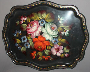 VINTAGE RUSSIAN HAND PAINTED FLORAL METAL TOLE SERVING TRAY FLOWERS