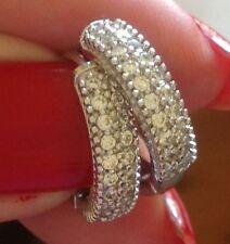 18k white gold diamond hoop earrings                            224