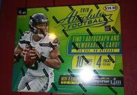 2018 PANINI Absolute Football 4 Pack Mega Box 1 Auto 1 Mem Av Chase Rare Rcs