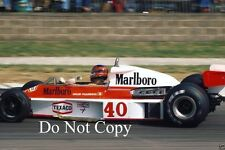GILLES Villeneuve McLaren m23 di British Grand Prix 1977 fotografia 2