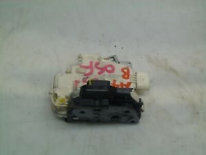 AUDI A4 B7 2005 2.0TFSI DRIVERS SIDE FRONT OSF RIGHT DOOR LOCK 8E2837016A