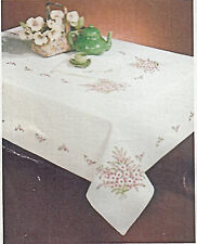 "Stamped Embroidery - Tobin Shasta Daisy 58"" x 104"" Tablecloth #T202776-104 SALE!"