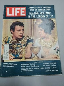 Life Magazine April 13 1962 w/Intact Post Mickey Mantle & Roger Maris Card Panel