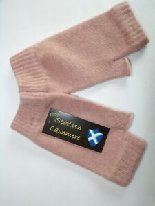 Scottish 100% 4 ply UK cashmere knitted wrist warmer fingerless mitts Nude