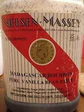 Vanilla Bean Paste - Pure - Madagascar Bourbon - 3.8 L / 1 Gall - Nielsen Massey