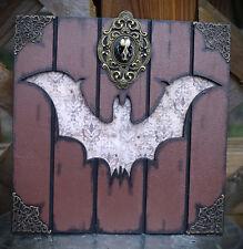 Resin Bat Skull Bat Wall Plaque Hanger Gothic/Occult/Goth/Alt/Oddities