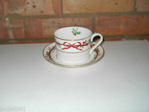 Royal Worcester Tea Cup & Saucer Holly Ribbons More Available - Made In England