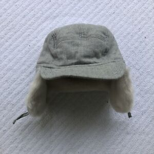 Baby Gap 12-18 Months Light Grey Trapper Hat White Faux Fur Lined Ear Flaps