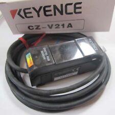 Keyence CZ-V21A Fiber Amplifier Sensor Digital Sensor New