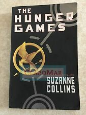 ☀ NEW The Hunger Games Fist Book Suzanne Collins Scholastic Paperback 2008