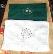 Lot de 2 petites serviettes éponge collection « AN 2000 » marque SENSEI