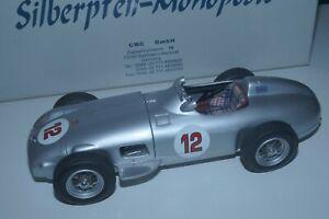 1/18 Mercedes-Benz W196 #12 Stirling Moss CMC M-042 LE 2000