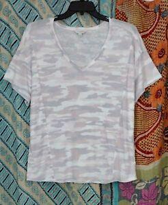 Women's Plus Lucky Brand V-neck Camo T-shirt Lightly Distressed 1X 48B EUC