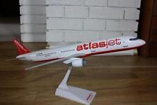 AtlasJet A321-200 (TC-OGE), 1:100 Snap Fit Model