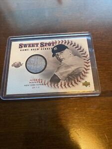 Mickey Mantle Jersey Card