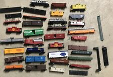 Large Lot Of HO Scale Train Cars Parts And Pieces !!!!