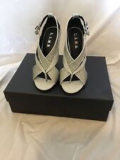 L.A.M.B. BY GWEN STEFANI Beverlee Gray Women's Stiletto Sandal Shoe (7)