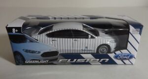 NY YANKEES ~FORD FUSION~ LIMITED EDITION DIE-CAST 1:64 GREENLIGHT CAR SGA 2012!!