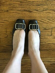 Nine West Brown Wedge Heels Silver Metal Buckle Accents Size 8 Shoes Chocolate