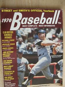 1970 Street and Smith's Official Baseball Yearbook Rosters-Schedules-Averages