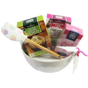 The Great British Baking Set -  Discounted due to short dated mix