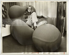 Fauteuil UP5 & UP6, design par Gaetano Pesce, B&B Italia - Photo Vintage 1969