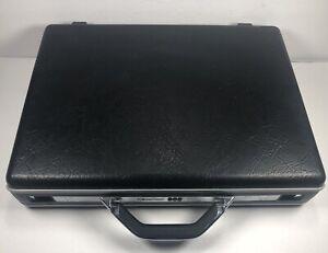 Vintage Samsonite Hard Shell Black Briefcase working combination lock