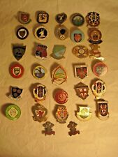 COLLECTION OF 32 BOWLING BOWLS CLUBS/ ASSOCIATIONS METAL & ENAMEL BADGES