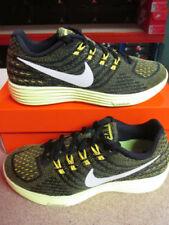 Vêtements et accessoires jaunes Nike