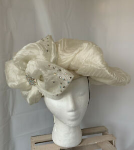 Deborah Fashions NWT Vintage Hat Cream White Crinkle Bows Rhinestones Formal