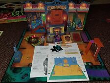 1313 Dead End Drive Mystery Game with 12 Suspects 5 Traps & Only 1 Survivor 1993