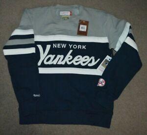 NWT New York Yankees Mitchell & Ness Head Coach Crewneck Sweatshirt Large